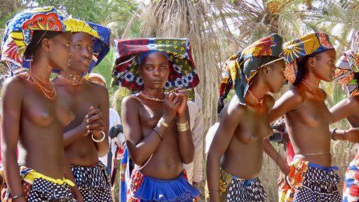 Kmeň Mucubal, Angola